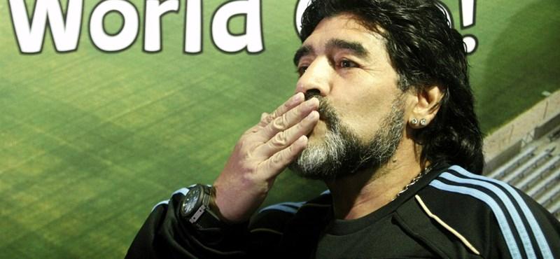 Maradona ismeri a Barcelona gyenge pontját