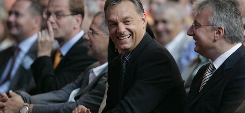 Tusk: Január végéig eldől a Fidesz sorsa