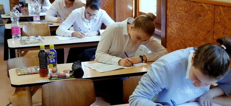 Érettségizők, figyelem! Ma még jelentkezhettek az ingyenes próbaérettségire