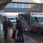 Két tucat ember sérült meg az Air Canada repülőgépén