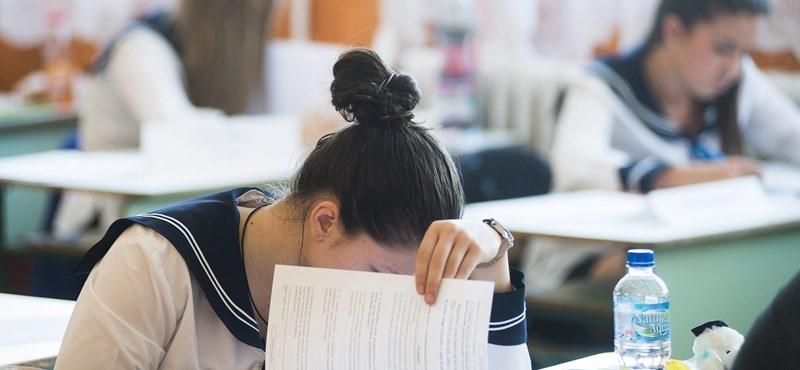 Átmennél az érettségin, ha ma lenne? Feladatsorok és megoldások németből