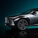 Itt a Toyota bZ4X – kódfejtőknek való a márka első elektromos modellje