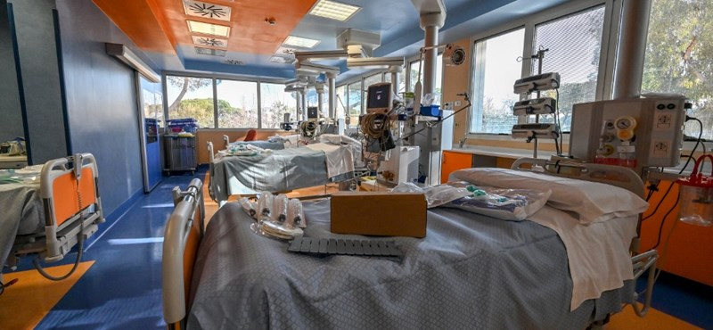 Olaszország: kissé csökkent a koronavírustól elhunytak száma