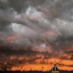 A nap képe: viharfelhők Lyon felett