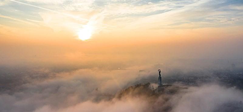 Lélegzetelállító képek készültek a ködös Budapestről