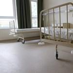 Kórházkiürítés: haldokló, daganatos hajléktalant dobtak ki