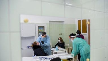 12 ezer fölé emelkedett a járvány magyar áldozatainak száma