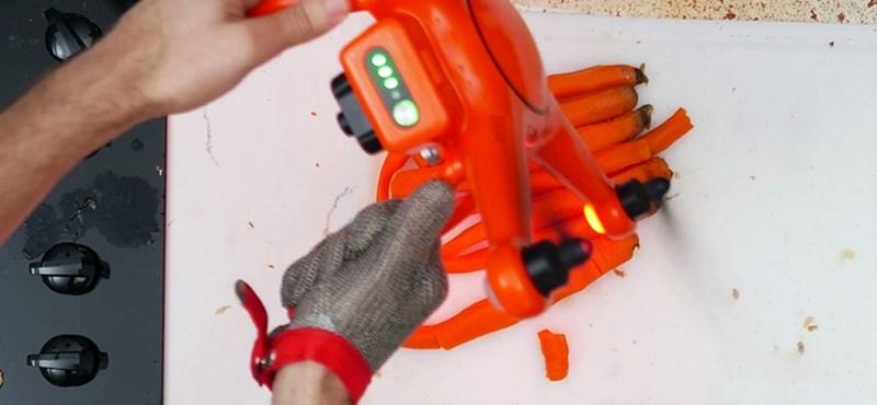 Ha nincs még kész az ebéd, besegíthet a drón – videó
