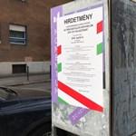 Sikerült egy választási hirdetménnyel letakarni a Momentum plakátját