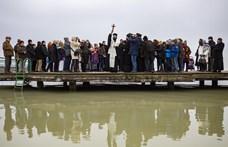 Megszentelték a Balatont - fotó
