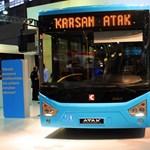 Török midibuszok járhatnak a Várnegyedben