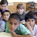Fico bentlakásos iskolákkal oldaná meg a romakérdést