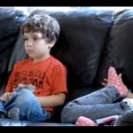 Egy 4 éves gyerek reakciója a Star Wars kultikus jelenetére