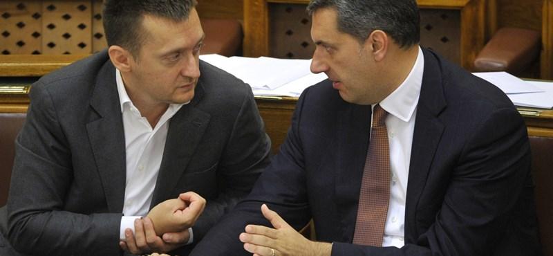 Orbán már a mondatait se bízná Lázárra