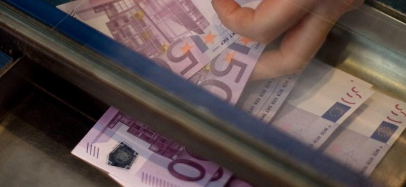 A magyarok többsége szeretne közös EU-s minimálbért és nyugdíjat