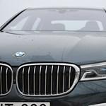 Több mint 33 ezer BMW-t (és Rolls-Royce-t) hívnak vissza egy súlyos hiba miatt