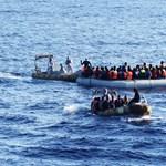 Hét ember fulladt az Égei-tengerbe, amikor elsüllyedt egy csónak