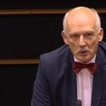 Karlendítés után szexista mondataiért is megbüntették az EP-képviselőt