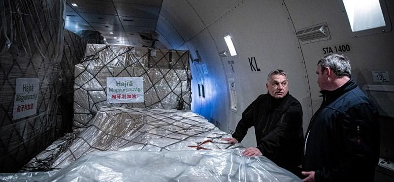 Orbán: 3 millió maszk és 86 lélegeztetőgép jött Kínából