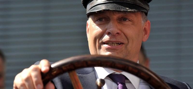 Orbán Viktor nem vezetheti 15 millió forintos kisbuszát