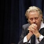 Bob Geldof lépett, mert nem akar egy táborban lenni Mianmar vezetőjével