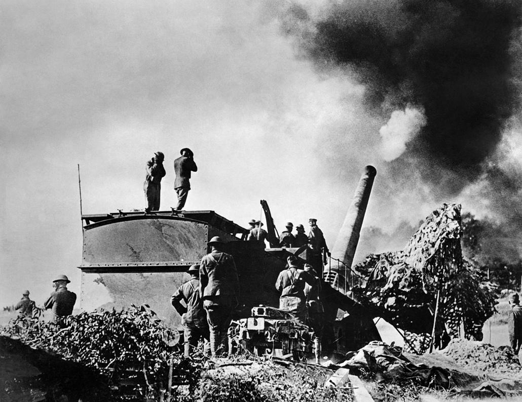 afp.1916. - Amerikai katonák a német vonalaknál. - Verduni csata - yyyyy
