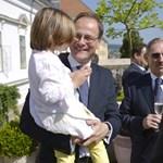 Orbán totojázása miatt kaphatott gyenge posztot Navracsics