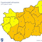 Jégeső, orkánerejű szél - heves viharok miatt adtak ki országos figyelmeztetést (térképpel)