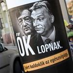 Simicska cégeit állítólag felnyomták a NAV-nál a Jobbik-plakátok miatt