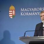 Népszava: Kásler visszaengedi gyógyítani a 65 év feletti orvosokat