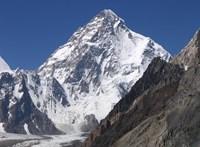 Meghalt egy spanyol hegymászó, a K2 meghódítására készült