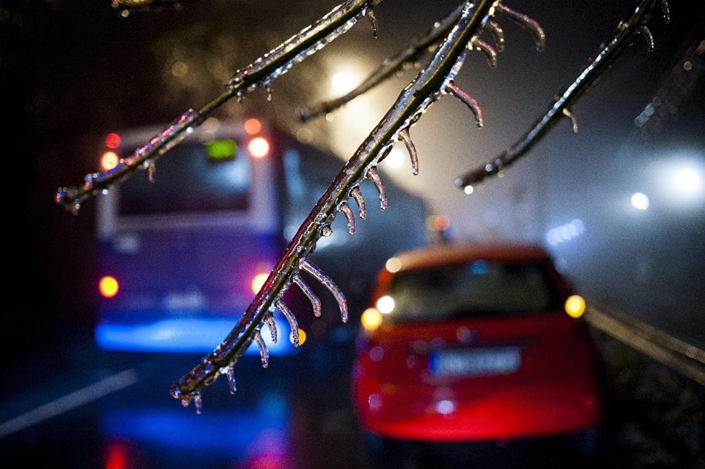 mti.14.12.01. - XII. kerület - Ónos eső - időjárás