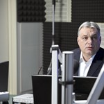 Kovács Zoltán nem bírta ki: megint megvédte Orbánt a Financial Timestól