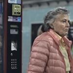 Zseniális és szívszorító reklám megy a metróban - videó