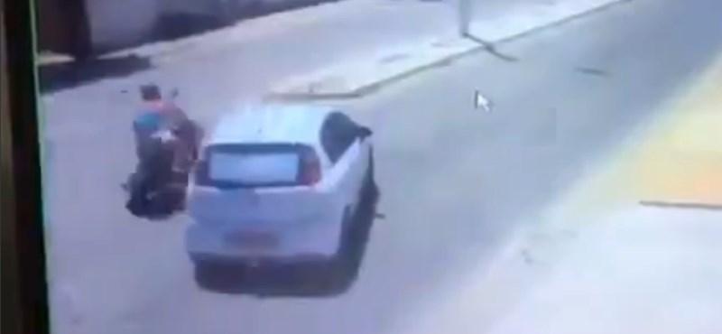 Kiperelte a szuszt is a biztosítóból a balesetes motoros, most a dupláját fizethetik neki