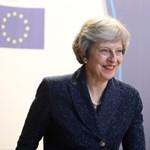 """Ezt volt Trump """"brutális"""" javaslata a brit kormányfőnek"""