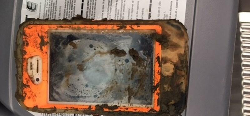 Szinte hihetetlen: egy évet túlélt a jeges vízben egy iPhone