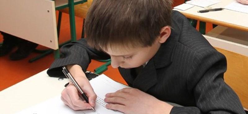 Meglepetés a középiskolai felvételin: nehéz feladatot is kaptak a diákok