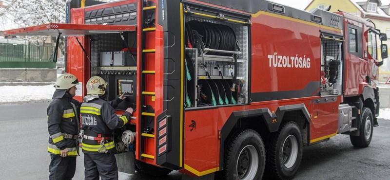 Holtestet találtak a tűzoltók egy kiégett kazánházban Makón