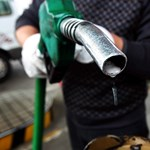 Olcsóbb üzemanyaggal intézhetjük a karácsonyi bevásárlást
