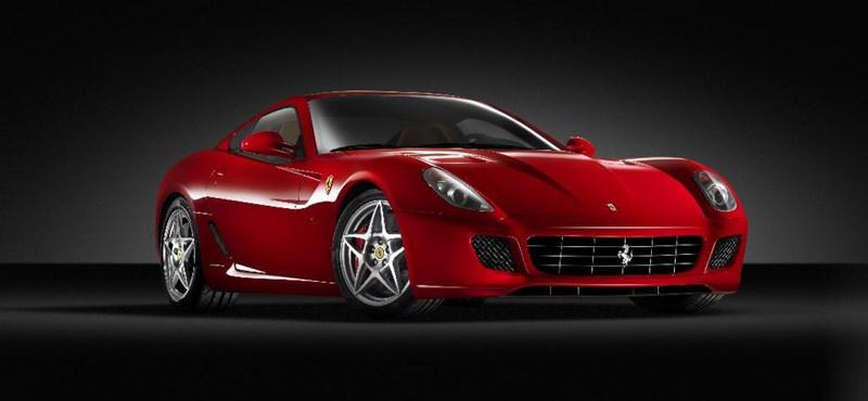 Ferrari-élménypark a sivatagban
