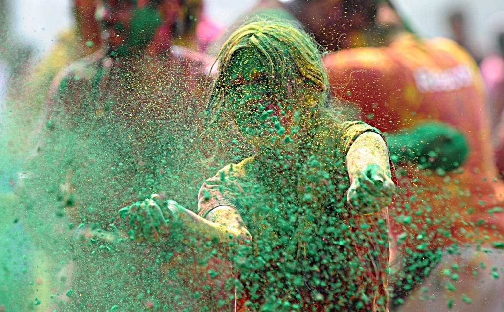 Holi fesztivál, színek fesztiválja Indiában - Holi-nagyítás