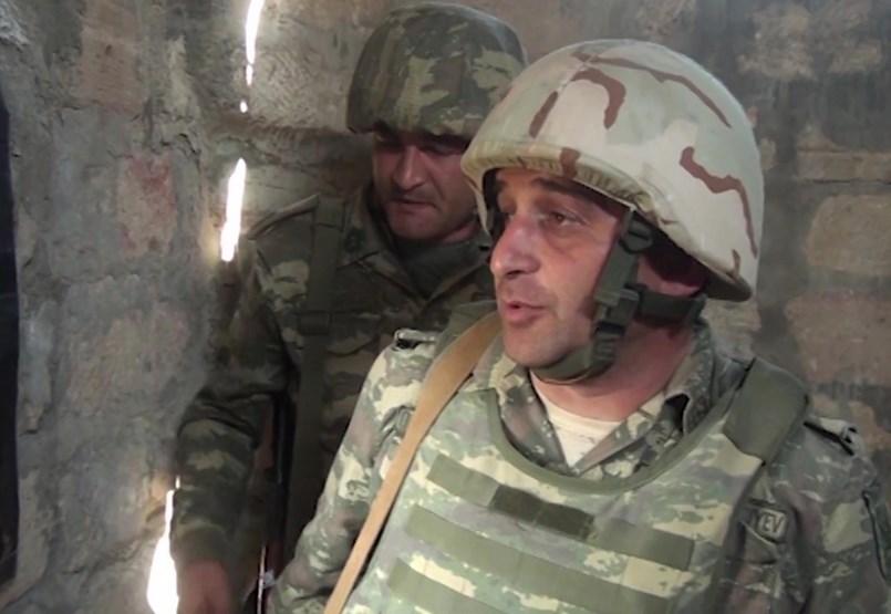 Nehézfegyverzettel és törökökkel zajlik már Karabahban az örmény-azeri háború