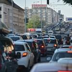 Autósok, figyelem: Keddig lehet postai csekken befizetni a kötelezőt