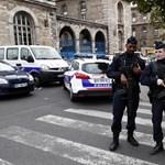 Négy rendőrt késeltek halálra Párizsban