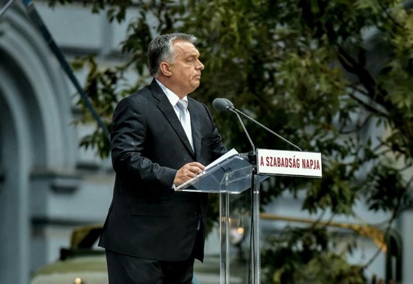 Orbán kampánybeszédre használta fel október 23-át, harcot hirdetett a neki talán sorsdöntő EP-választásra - politikai ünnep percről percre