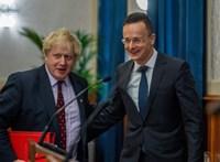 Szijjártó teljes mellszélességgel kiállt Boris Johnson mellett