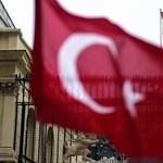 Akár börtönbe is kerülhetnek egy rossz Facebook-poszt miatt, inti Svájc a Törökországba induló állampolgárait