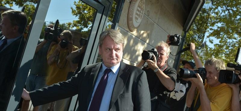 A kémügyről nem is kérdezték Kovács Bélát az ügyészségen