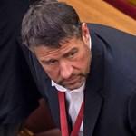 Magyar Narancs: 8,5 évet kért Simonka Györgyre az ügyészség